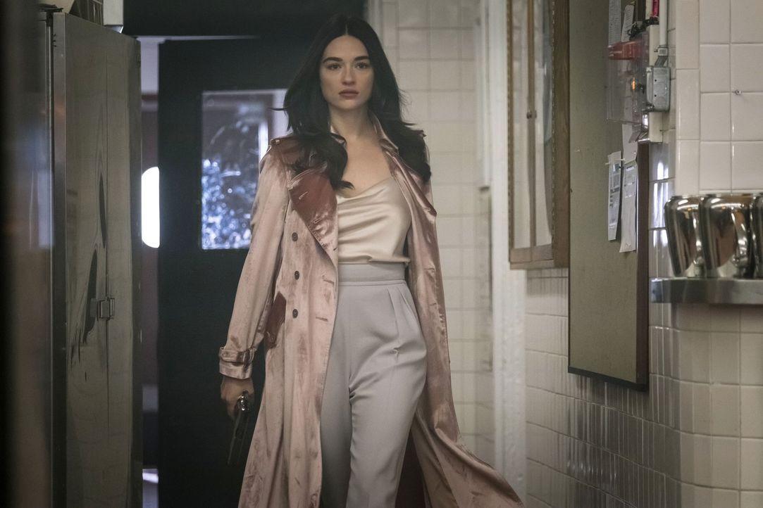 Braucht noch einen Menschen, der wichtig für ihre Machtübernahme in Gotham ist: Sofia (Crystal Reed) ... - Bildquelle: 2017 Warner Bros.