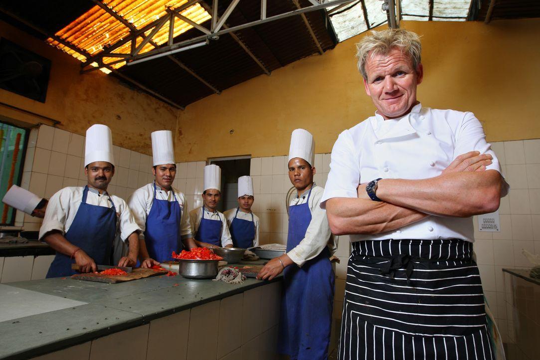 Gordon Ramsay (r.) - Bildquelle: Philip Hollis One Potato Two Potato & all3media international / Philip Hollis