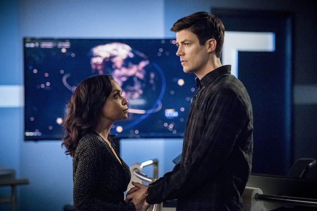 Cecile Horton (Danielle Nicolet, l.); Barry Allen (Grant Gustin, r.) - Bildquelle: 2019 The CW Network, LLC. All rights reserved.