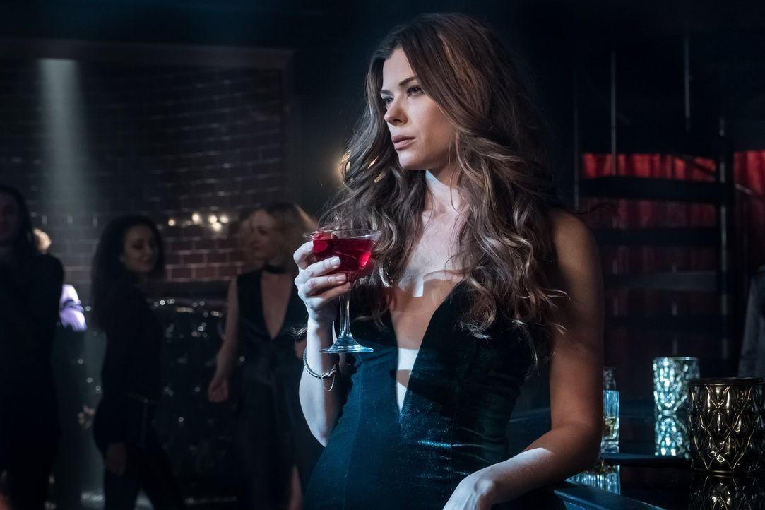 Ivy Pepper (Peyton List) erwacht in neuer, unerwarteter Gestalt, mit gefährlichen Fähigkeiten. Wird sie ihre wahre Identität den alten Bekannten off... - Bildquelle: 2017 Warner Bros.