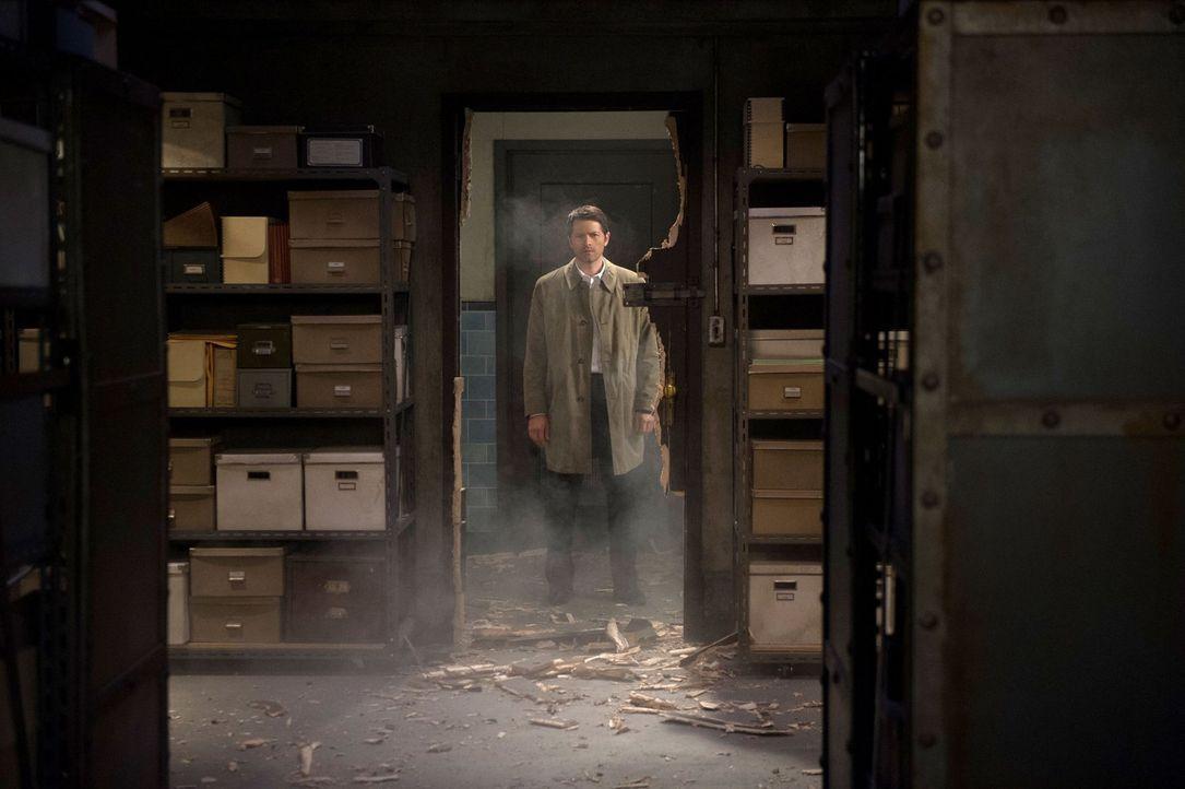 Kann Castiel (Misha Collins) verhindern, dass Dean ihre einzige Chance auf ein Heilmittel für das Kainsmal ermordet? - Bildquelle: 2016 Warner Brothers