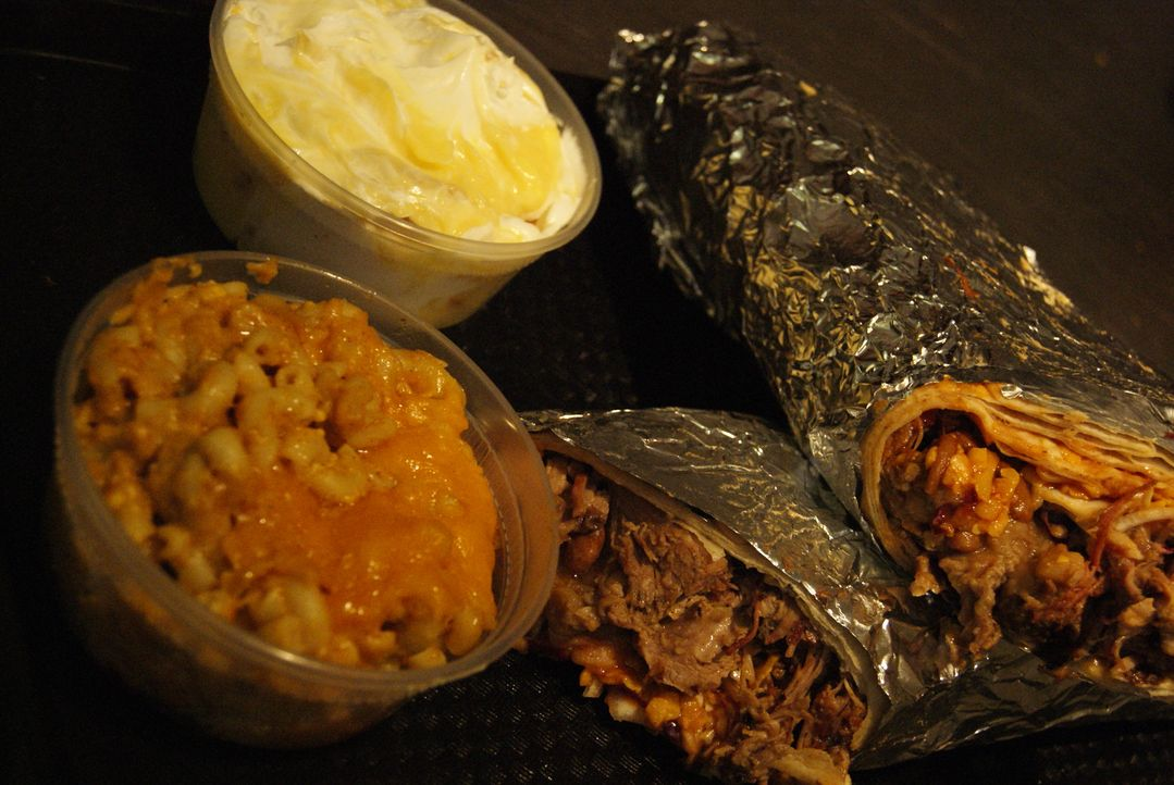 Der Moby Dick Burrito in Knoxville - Bildquelle: 2009, The Travel Channel, L.L.C./Sharp Entertainment