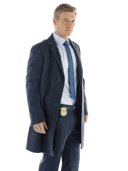 (1. Staffel) - Detective Eddie Thawne (Rick Cosnett), Neuling bei der Polizei von Central City, verbirgt eine mysteriöse Vergangenheit ... - Bildquelle: Warner Brothers.