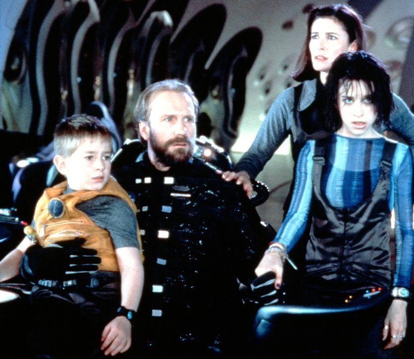 In einer letzten verzweifelten Mission sollen sie die Menschheit retten: Will (Jack Johnson, l.), John (William Hurt, 2.v.l.), Maureen (Mimi Rogers,... - Bildquelle: New Line Cinema