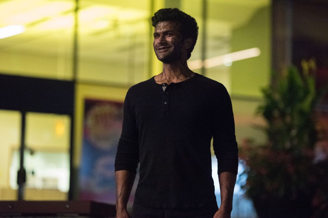Bloodwork (Sendhil Ramamurthy) - Bildquelle: Dean Buscher 2019 The CW Network, LLC. All rights reserved. / Dean Buscher