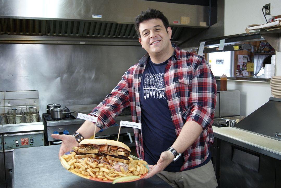 In Kansas City übertrumpft der Ultimate Destroyer aus kiloweise Barbecue-Fleisch und Pommes alles, was Adam zuvor gesehen hat ... - Bildquelle: 2010, The Travel Channel, L.L.C.