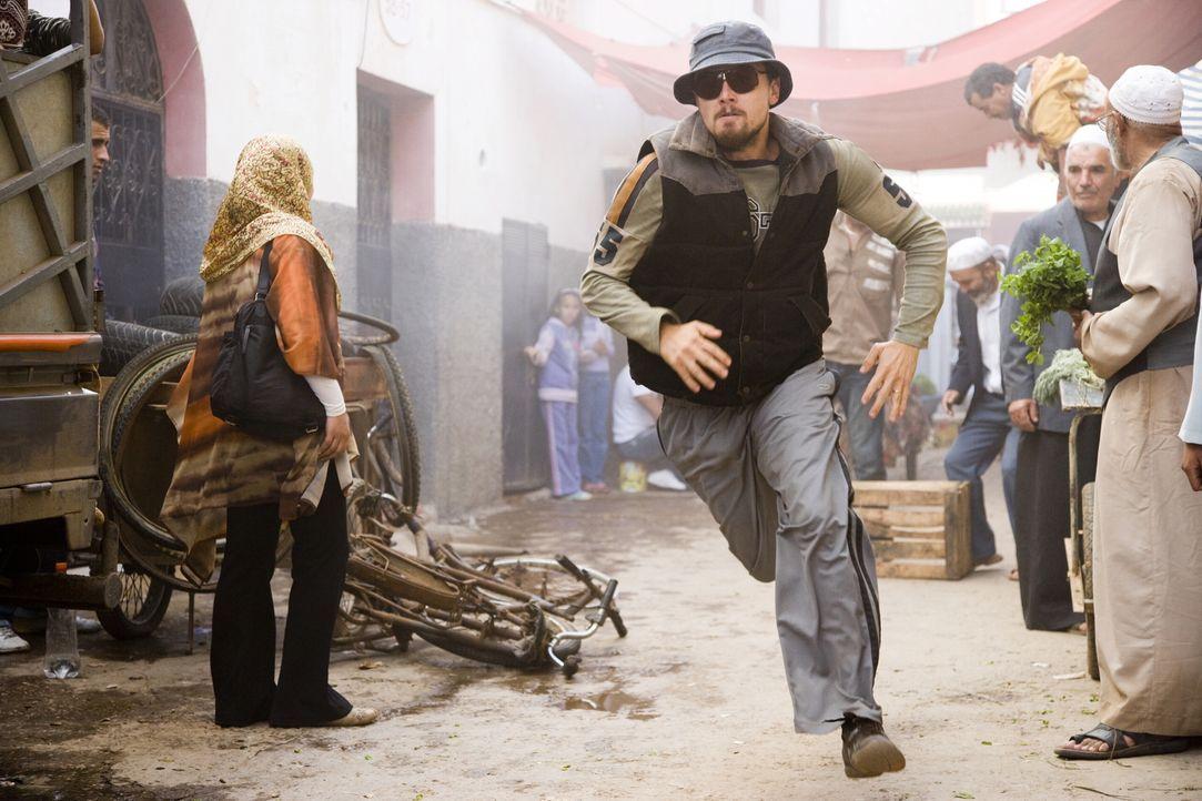 Jagt eine neue Leitfigur der Terrorszene, die den Erdball mit einem Bombenteppich überzieht und dabei selbst der CIA immer wieder ein Schnippchen sc... - Bildquelle: Warner Brothers