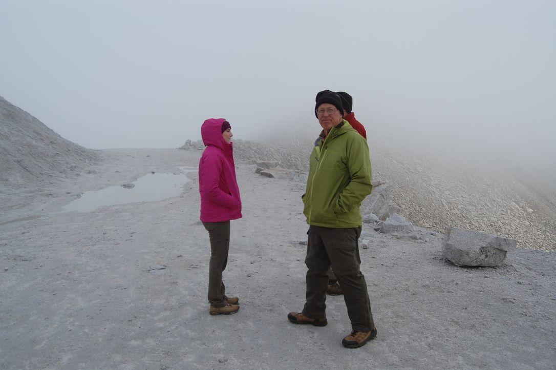 Der Winter naht, für Joe (r.) und seine Familie muss die Schatzsuche schon bald ruhen ... - Bildquelle: High Noon Entertainment 2014
