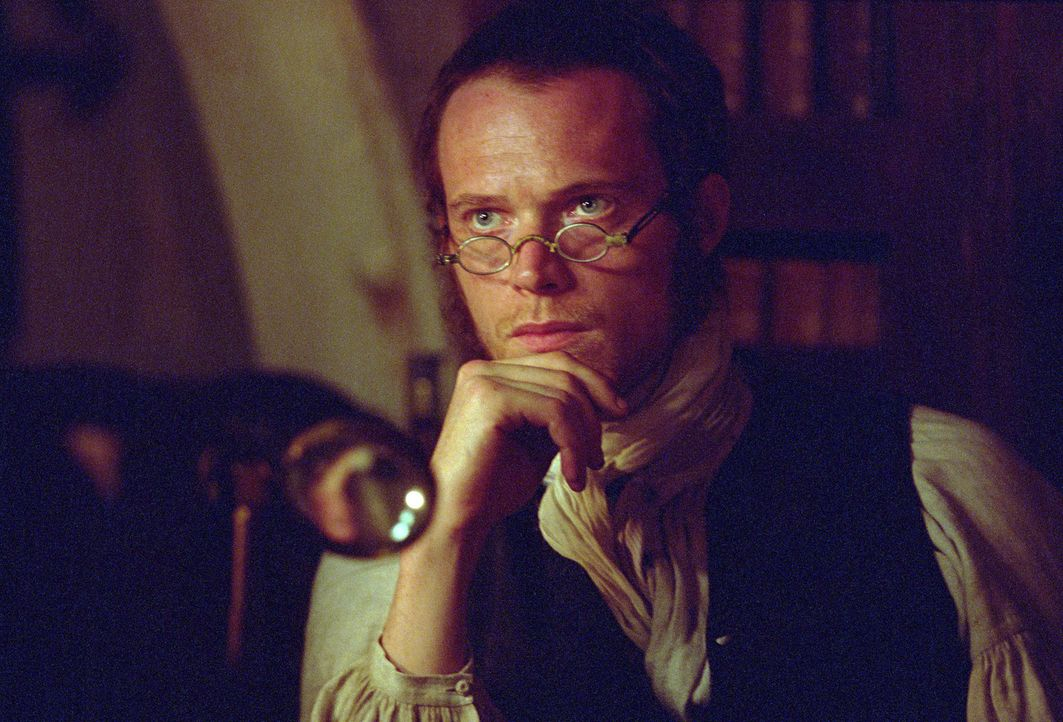 Nicht einmal Schiffsarzt Stephen Maturin (Paul Bettany), der beste Freund von Jack Aubrey, kann diesen von seiner Mission abbringen, obwohl die Jagd... - Bildquelle: 2003 Twentieth Century Fox Film Corporation, Miramax Film Corp. and Universal City Studios LLLP. All rights reserved.