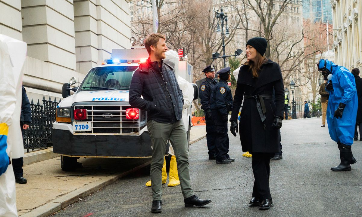 Müssen in einem neuen Fall ermitteln: Brian (Jake McDorman, l.) und Rebecca (Jennifer Carpenter, r.) ... - Bildquelle: 2016 CBS Broadcasting, Inc. All Rights Reserved