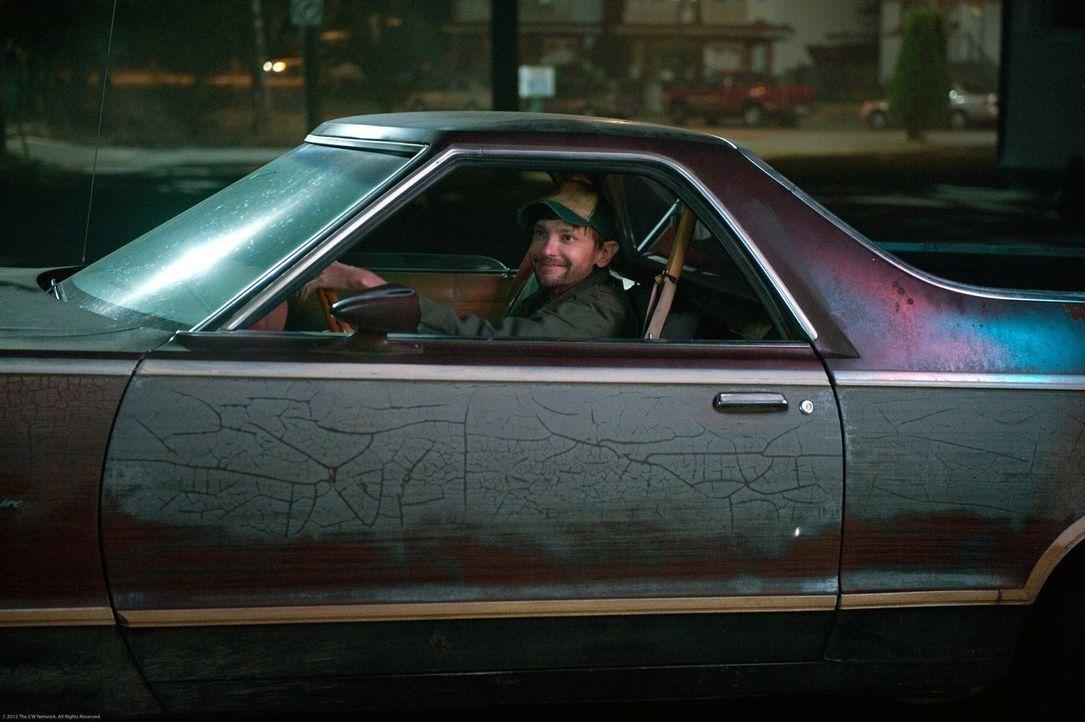 Hat Bobbys Platz eingenommen: Garth (DJ Qualls) ... - Bildquelle: Warner Bros. Television