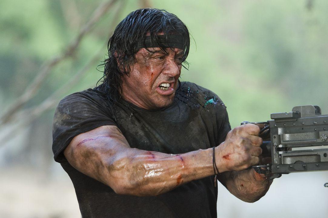 Immer auf der Seite der Guten: Rambo (Sylvester Stallone) ... - Bildquelle: Karen Ballard Nu Image Films