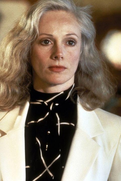 Jennifer (Sondra Locke) entschließt sich, wie Dirty Harry, das Gesetz in die eigenen Hände zu nehmen und die Männer, die sie vergewaltigt haben, nac... - Bildquelle: Warner Bros.