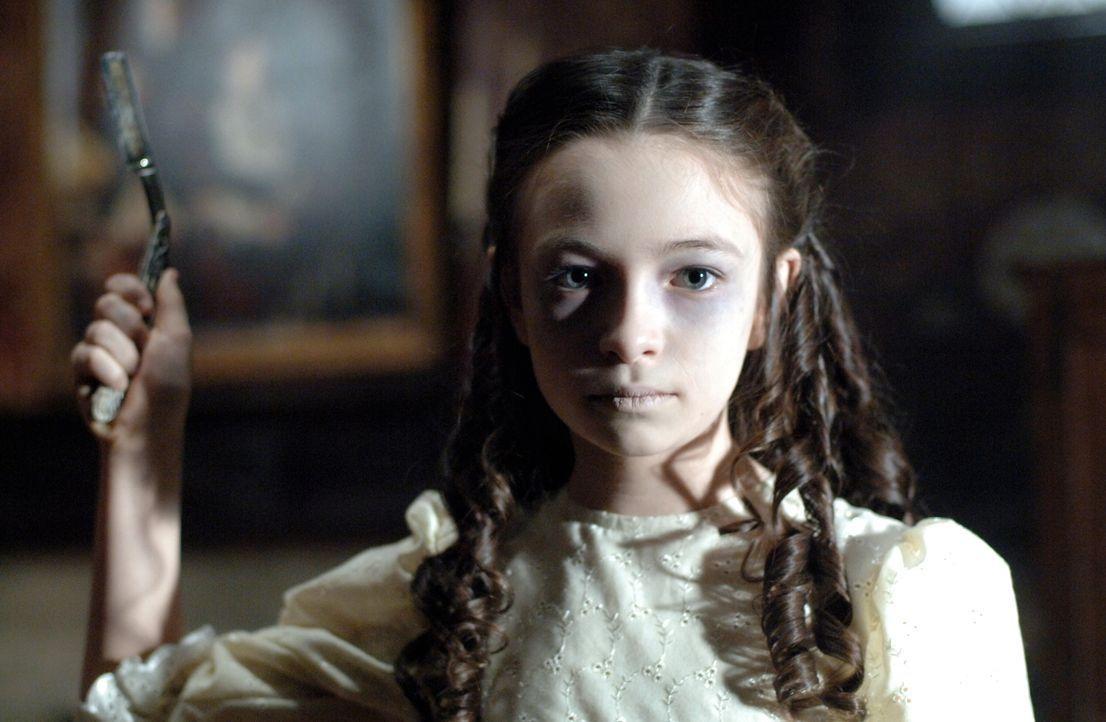 Sam und Dean müssen versuchen, das Killer-Mädchen (Jodelle Ferland) zu stoppen ... - Bildquelle: Warner Bros. Television