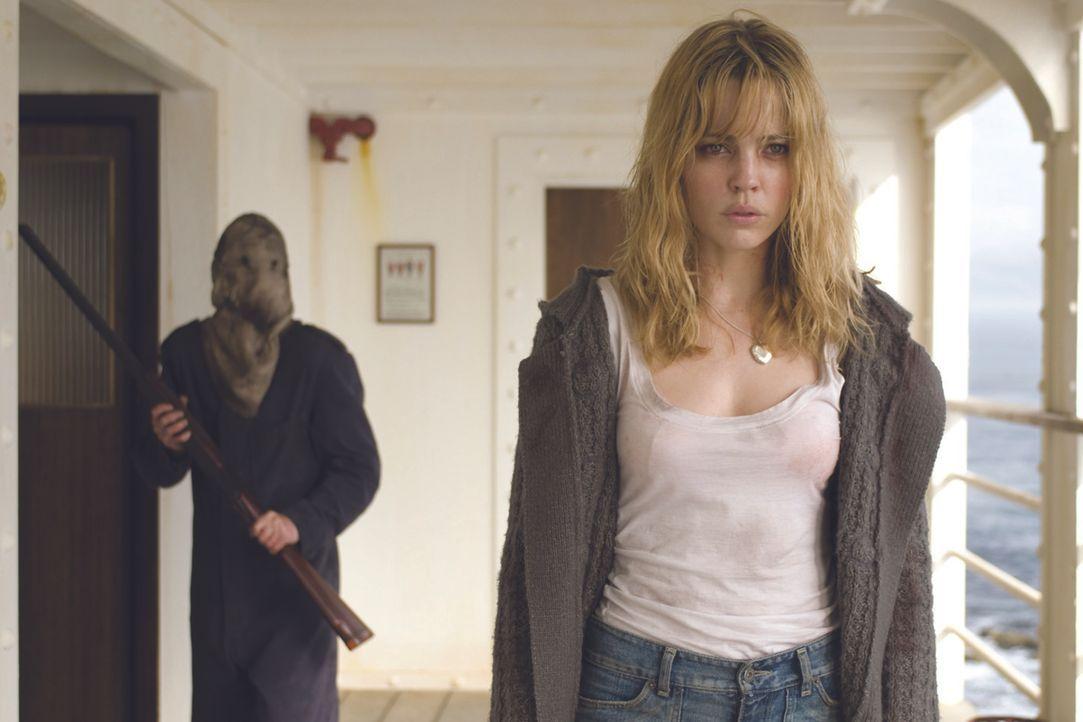 Noch weiß Jess (Melissa George) nicht, dass auf dem leeren Passagierschiff ein maskierter Mörder sein Unwesen treibt ... - Bildquelle: Icon Entertainment/Ascot Elite
