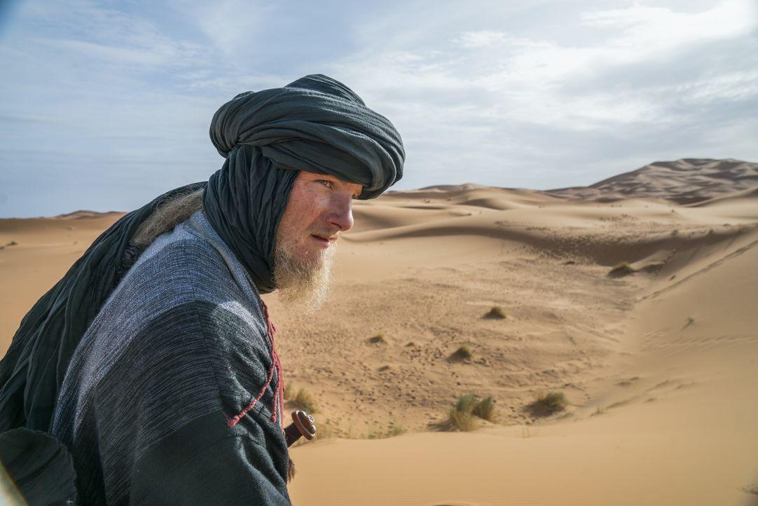 Als Björn (Alexander Ludwig) und seinen Männern in Nordafrika ein riesiger Empfang geboten wird, ahnt er nicht, dass dort nichts ist, wie es auf den... - Bildquelle: 2017 TM PRODUCTIONS LIMITED / T5 VIKINGS III PRODUCTIONS INC. ALL RIGHTS RESERVED.