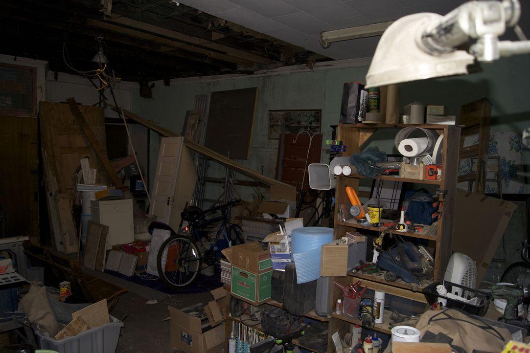 Josh besucht eine 100 Jahre alte Metzgerei in Cleveland und möchte den Verkaufsraum in einen individuellen Familienraum verwandelt ... - Bildquelle: 2009, DIY Network/Scripps Networks, LLC