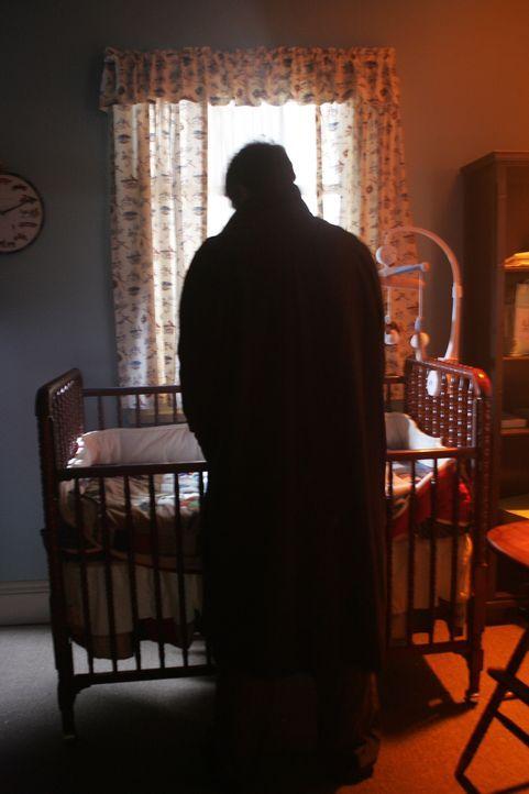 Rückblende: Mary, die Mutter von Dean und Sam wacht eines Nachts auf und stellt fest, dass ihr Ehemann John (Jeffrey Dean Morgan) nicht neben ihr im... - Bildquelle: Warner Bros. Television