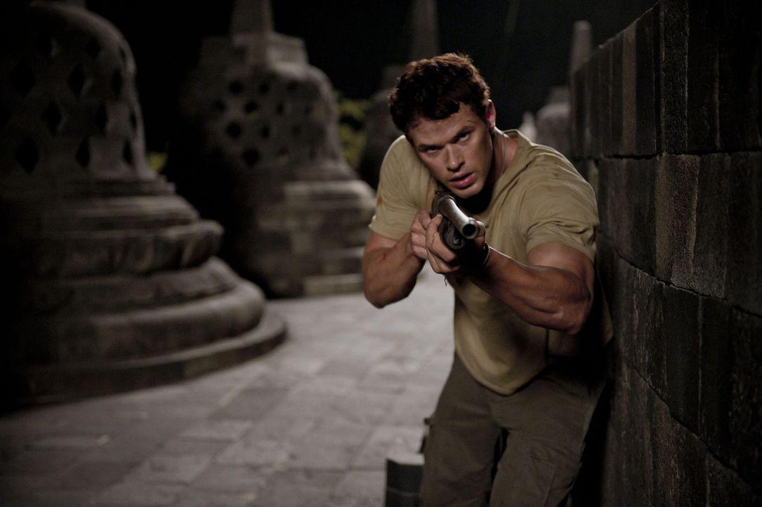Jagt einen überaus bösartigen Kunstdieb in Java: FBI Agent Jake Travers (Kellan Lutz) ... - Bildquelle: 2012 - JAVA HEAT